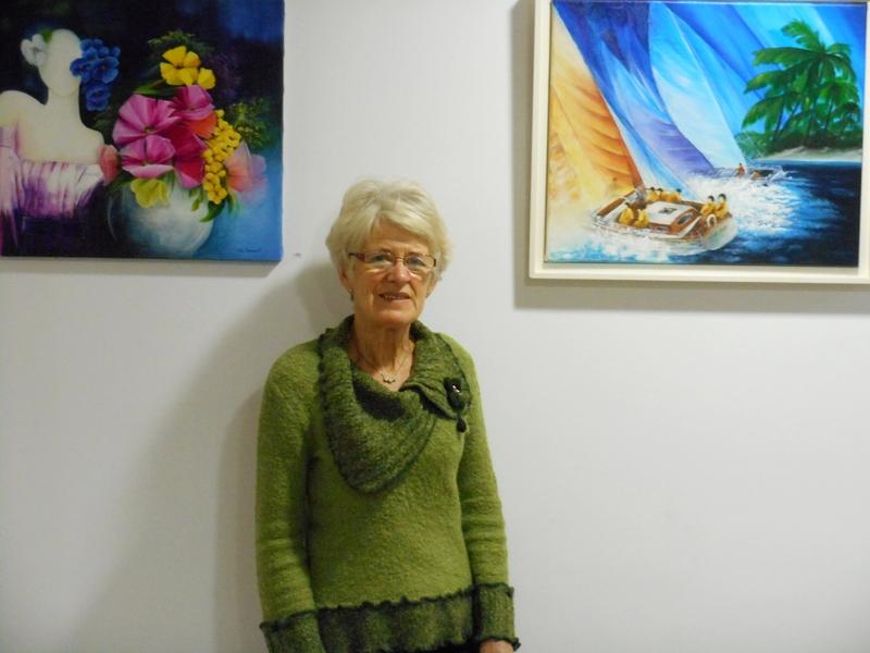 Madame Rouault-Cherbonnel expose ses peintures pendant les fêtes de fin d'année