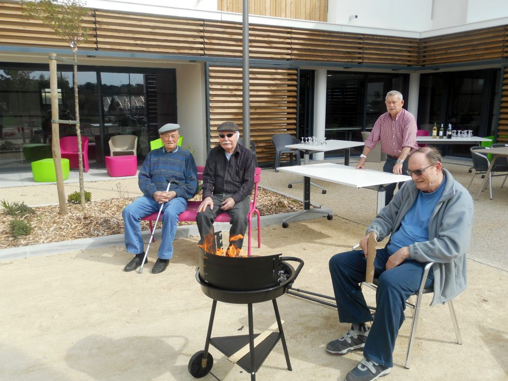 barbecue charbon en residence