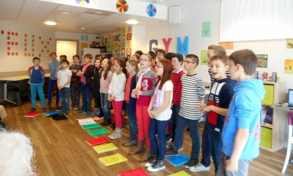 Première répétition avec l'école St Joseph à la résidence Le Galilée