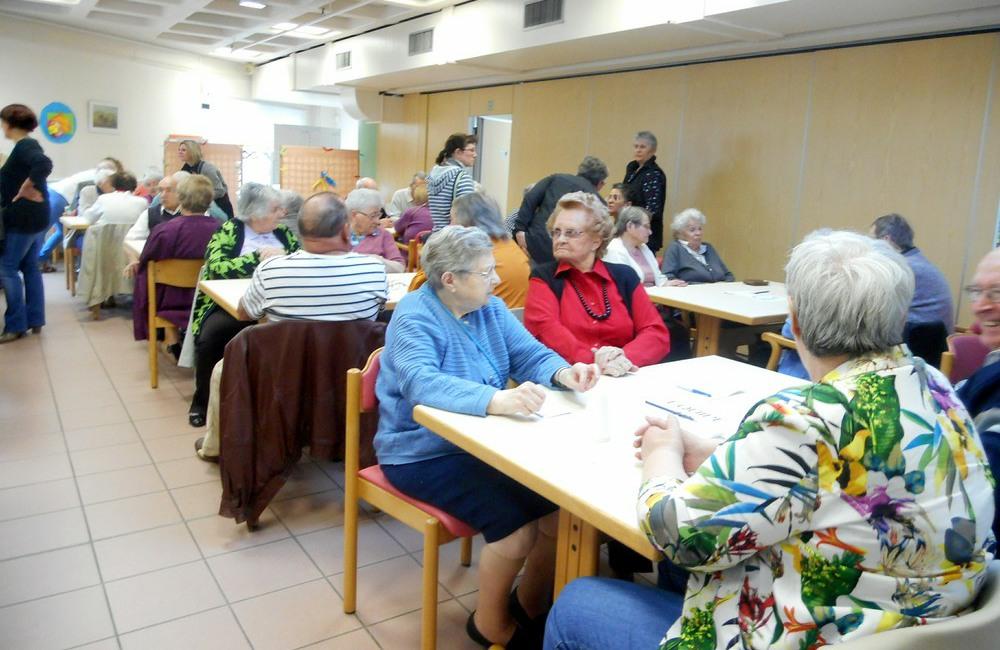 Espace et Vie «Le Galilée» et «Le Clos de la Bade» ont participé à la finale départementale sarthoise «Questions pour un résident»