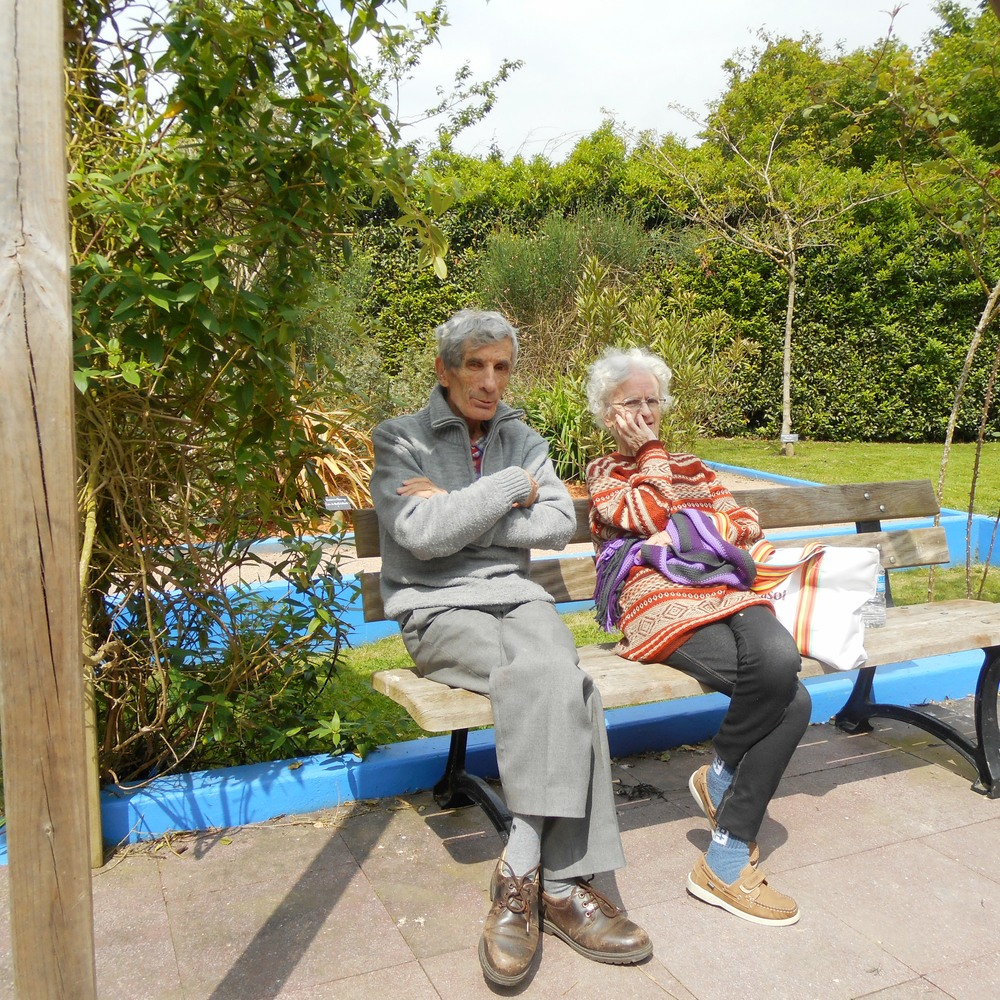 Les résidents des Prairies de l'Ille sont allés à la Chapelle des Fougeretz visiter le superbe jardin marocain