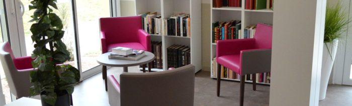 alternative maison de retraite bibliotheque livre espace et vie niort 79