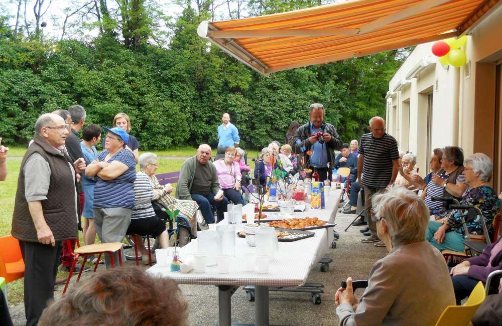Espace & Vie Précigné célèbre la fête des voisins
