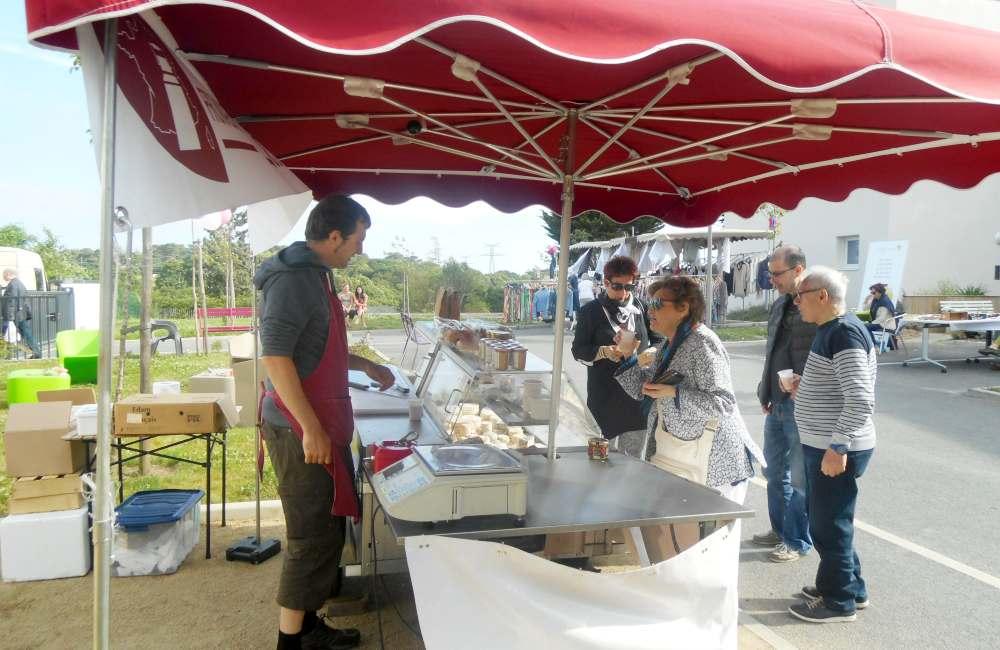 « Saveurs & Guinguette », un marché de producteurs et créateurs locaux à Espace & Vie Guidel