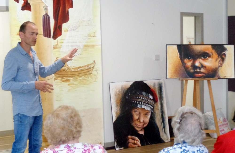 Exposition de peinture à la résidence Espace & Vie Pornic