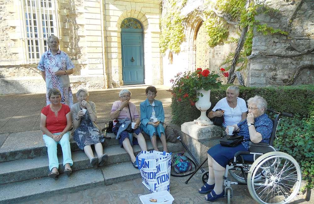 Détente grâce aux chants Grégoriens à l'abbaye de Solesmes
