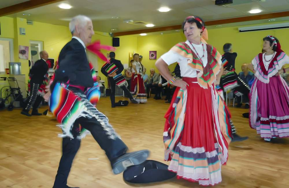 Danses du monde au Clos de la Bade