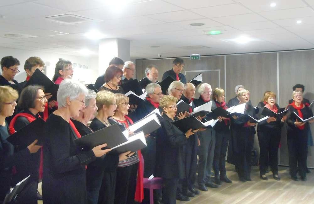 30 choristes pour le plus grand plaisir de résidents d'Espace & Vie Guidel