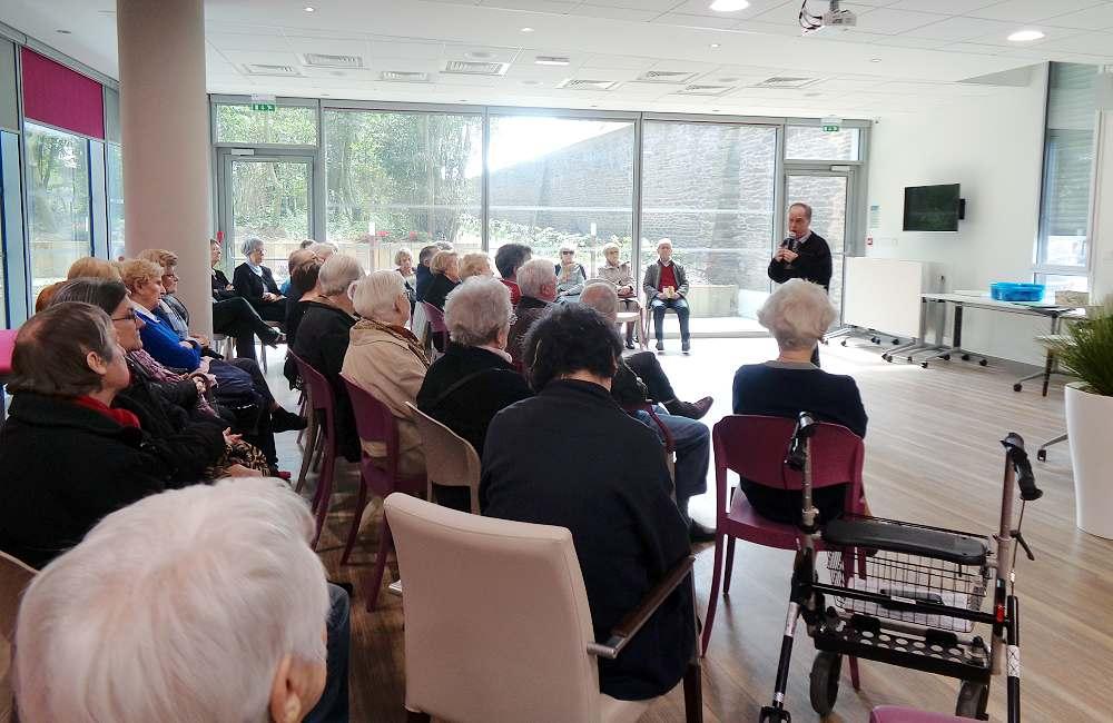 Une conférence des franciscains pour la journée découverte à Espace & Vie Rennes Mabilais