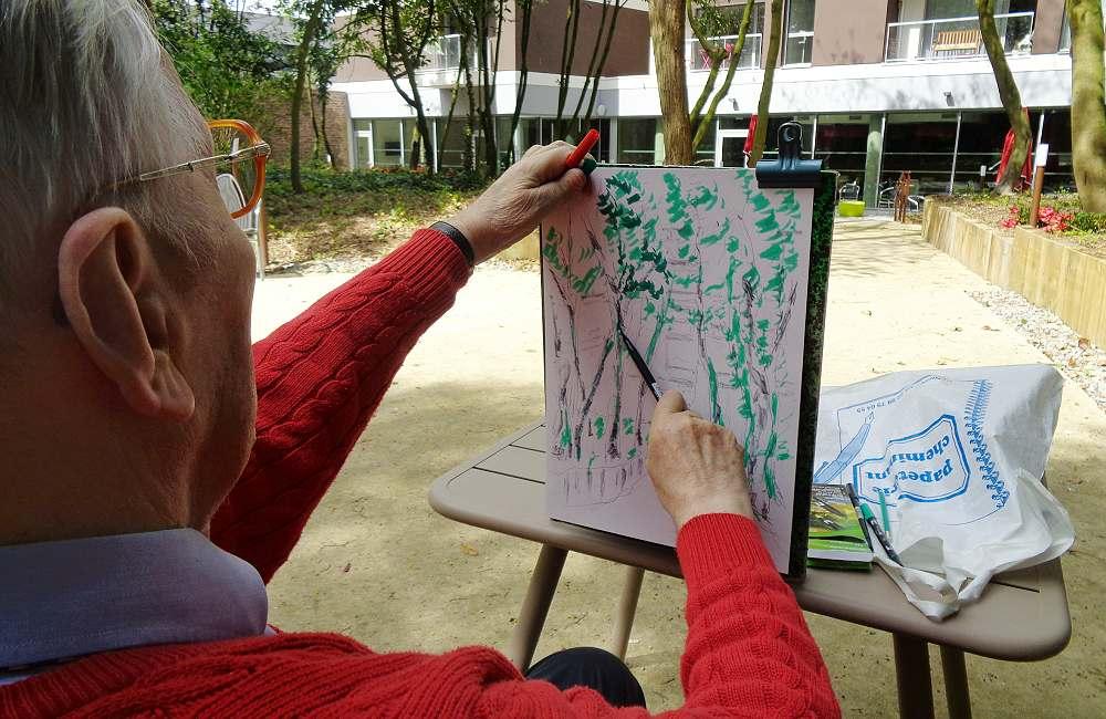 Un artiste à la résidence de La Mabilais
