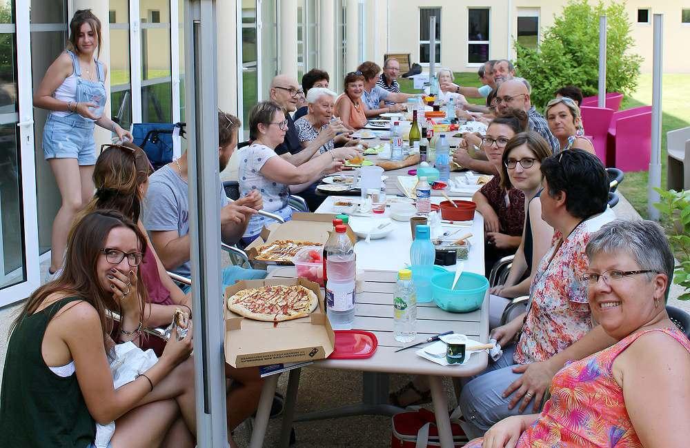 Une kermesse pour fêter l'été et la musique à Espace & Vie Niort