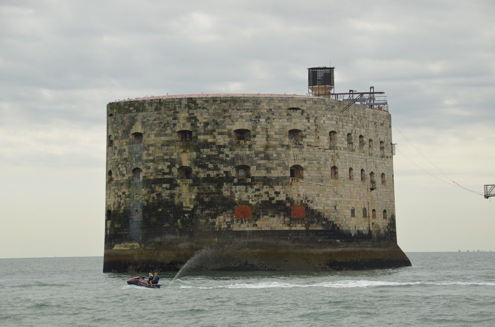 fort boyard residence niort