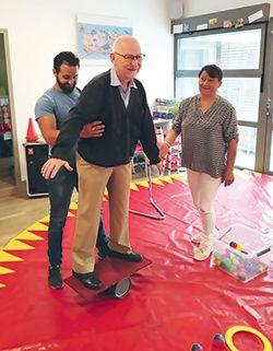 initiation au cirque seniors espace et vie